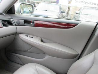 2002 Lexus ES 300 BASE Jamaica, New York 18
