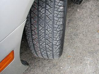 2002 Lexus ES 300 BASE Jamaica, New York 23