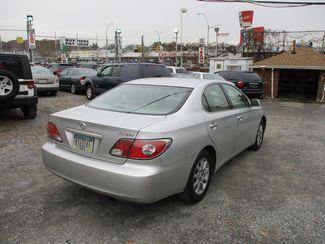 2002 Lexus ES 300 BASE Jamaica, New York 4