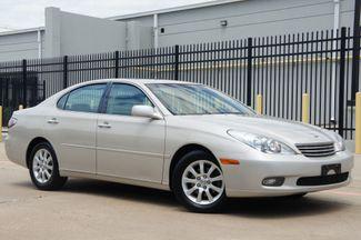 2002 Lexus ES 300 Navi * PREMIUM PKG * Roof * CLEAN CARFAX * R Shade in Plano, Texas 75075