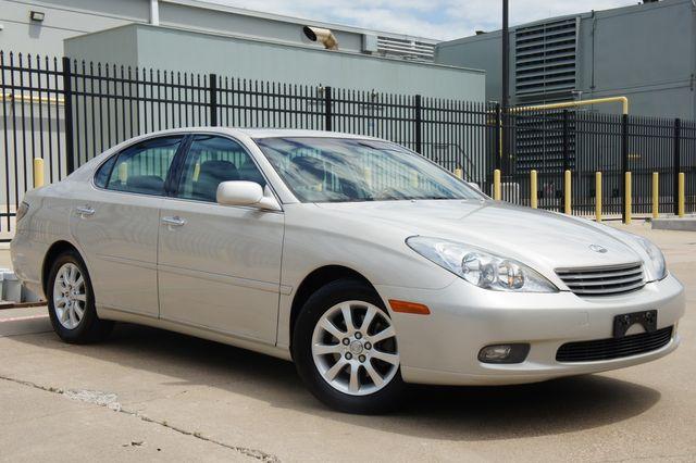 2002 Lexus ES 300 Navi * PREMIUM PKG * Roof * CLEAN CARFAX * R Shade in Missoula, MT 59804