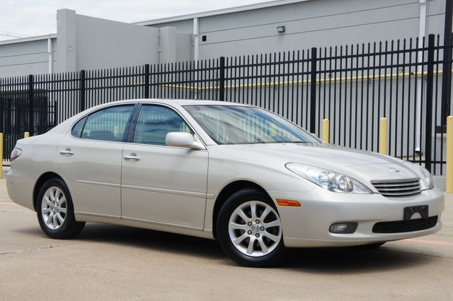 2002 Lexus ES 300 Navi * PREMIUM PKG * Roof * CLEAN CARFAX * R Shade