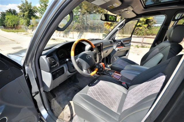 2002 Lexus LX 470 Reseda, CA 25