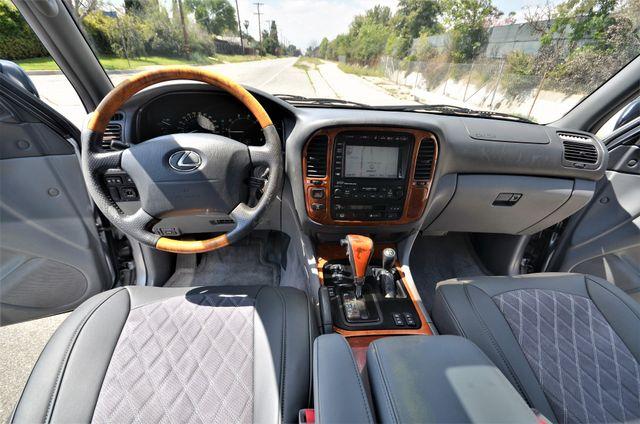 2002 Lexus LX 470 Reseda, CA 3