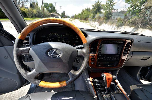 2002 Lexus LX 470 Reseda, CA 31