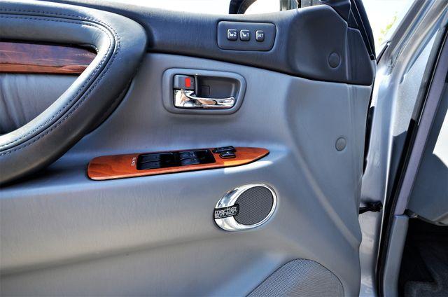 2002 Lexus LX 470 Reseda, CA 8