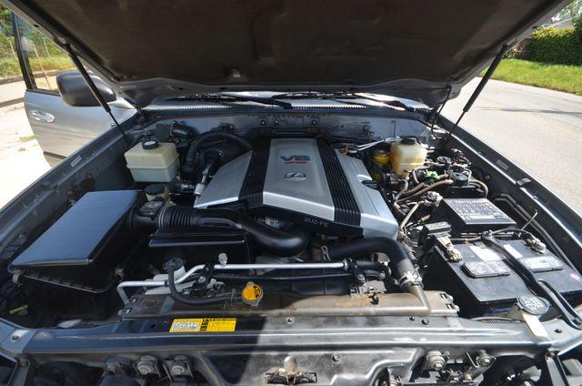 2002 Lexus LX 470 Reseda, CA 32