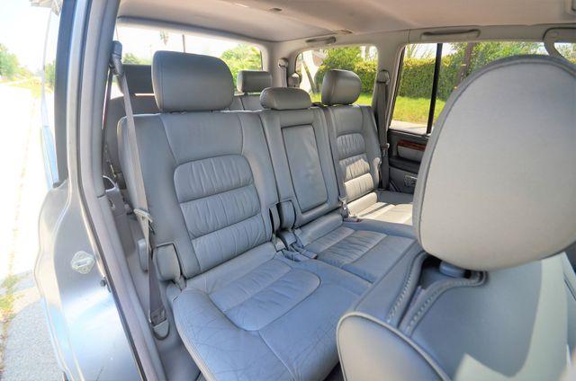 2002 Lexus LX 470 Reseda, CA 36