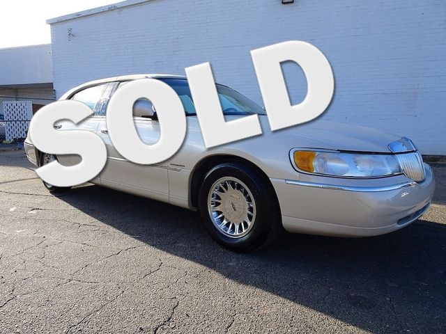 2002 Lincoln Town Car Cartier L Madison, NC 0
