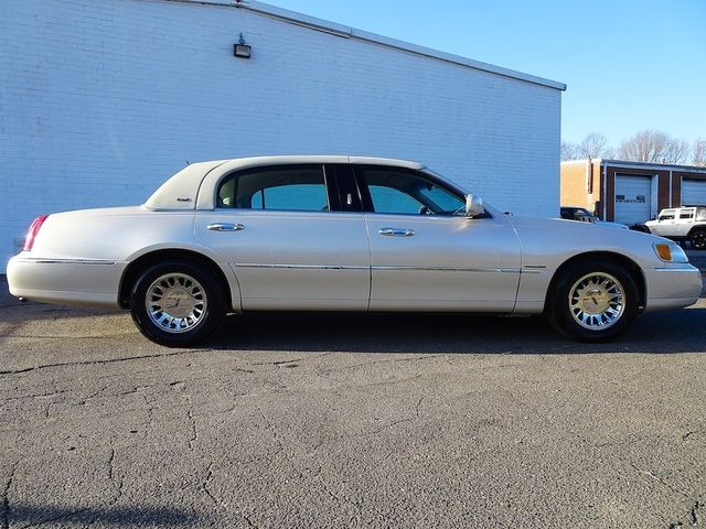 2002 Lincoln Town Car Cartier L Madison, NC 1