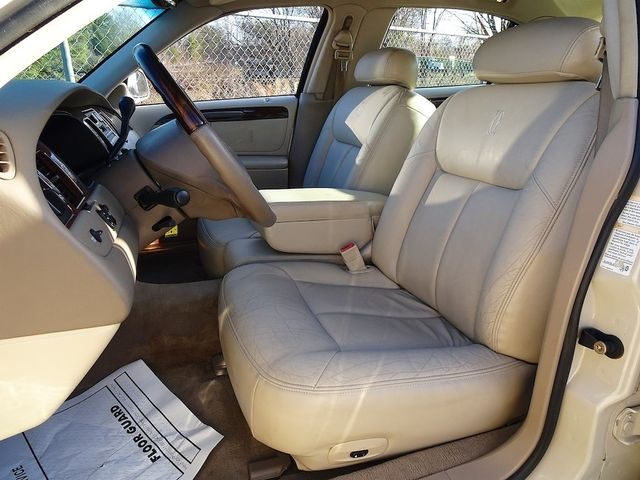 2002 Lincoln Town Car Cartier L Madison, NC 26