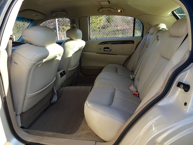 2002 Lincoln Town Car Cartier L Madison, NC 29
