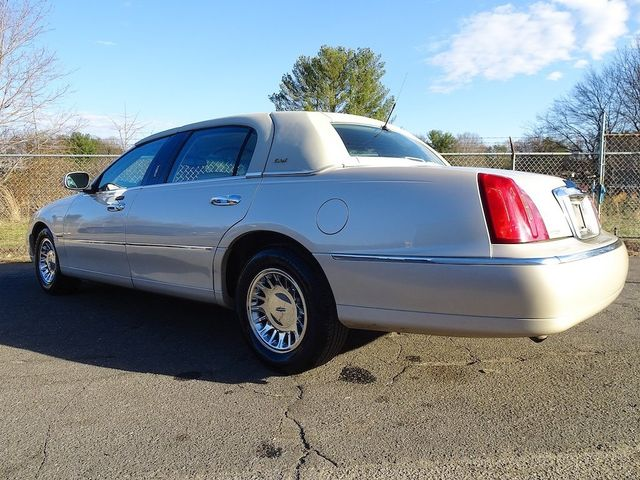2002 Lincoln Town Car Cartier L Madison, NC 4