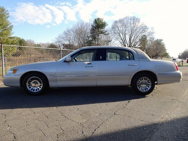 2002 Lincoln Town Car Cartier L Madison Nc Smart Chevrolet