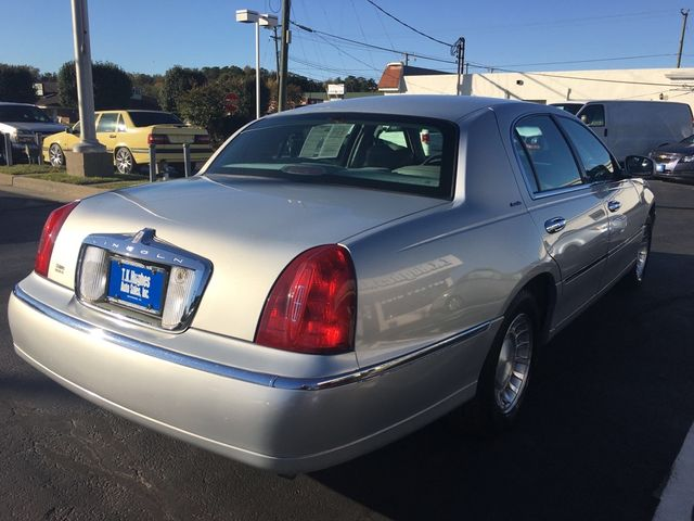 2002 Lincoln Town Car Executive in Richmond, VA, VA 23227