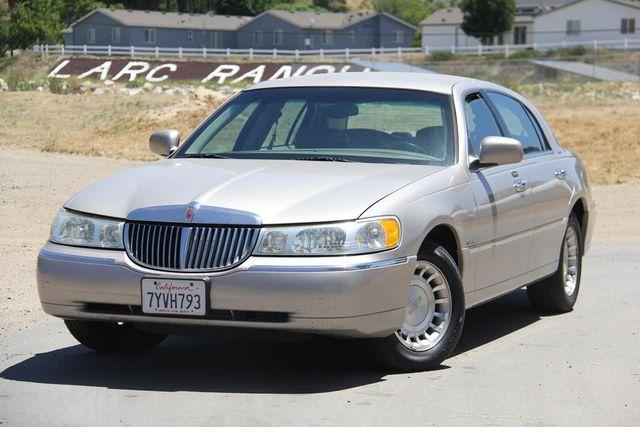 2002 Lincoln Town Car Executive Santa Clarita, CA 4