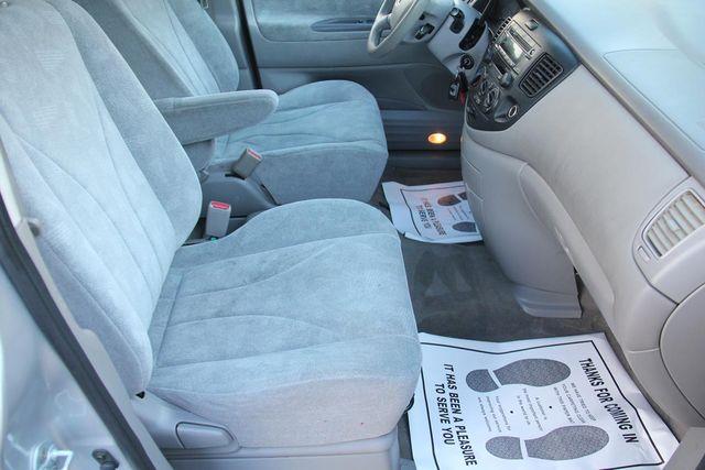 2002 Mazda MPV LX Santa Clarita, CA 14