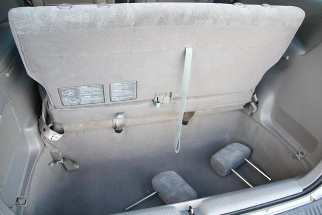 2002 Mazda MPV LX Santa Clarita, CA 27