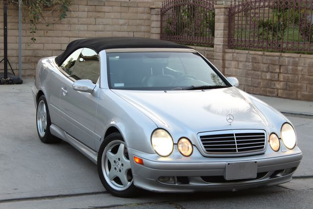 2002 Mercedes-Benz CLK320 CONVERTIBLE AUTOMATIC ONE OWNER SERVICE RECORDS in Woodland Hills CA, 91367