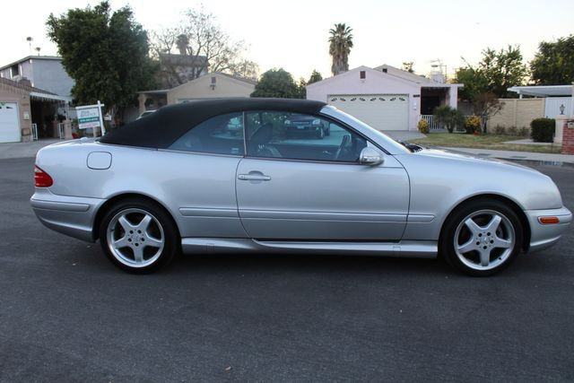 2002 Mercedes-Benz CLK430 CONVERTIBLE AUTOMATIC SERVICE RECORDS in Van Nuys, CA 91406