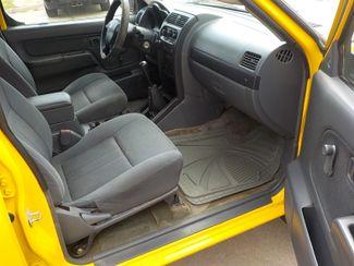 2002 Nissan Frontier XE Fayetteville , Arkansas 11