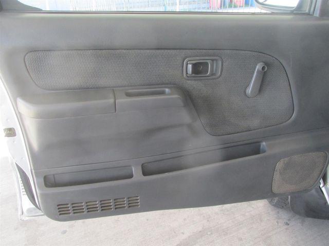 2002 Nissan Frontier XE Gardena, California 9