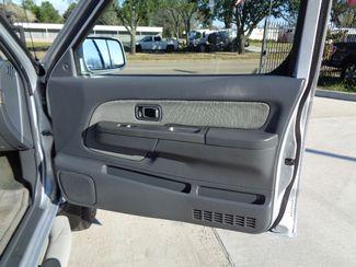 2002 Nissan Frontier SE  city TX  Texas Star Motors  in Houston, TX