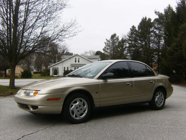 2002 Saturn SL in West Chester, PA 19382