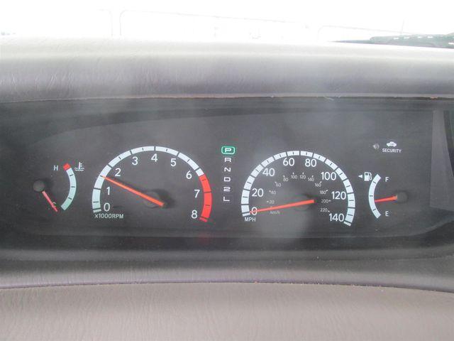 2002 Toyota Avalon XLS Gardena, California 5