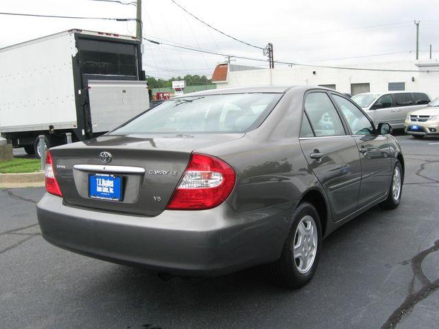 2002 Toyota Camry LE Richmond, Virginia 5