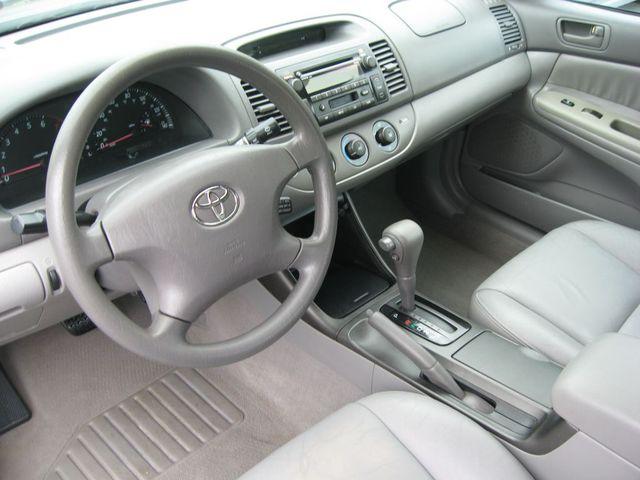 2002 Toyota Camry LE Richmond, Virginia 8