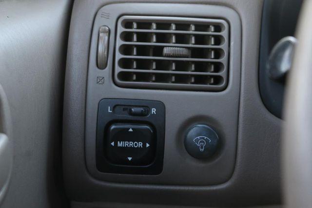 2002 Toyota Corolla LE Santa Clarita, CA 26