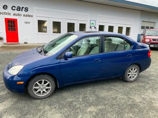 2002 Toyota Prius sed in Eastsound, WA 98245