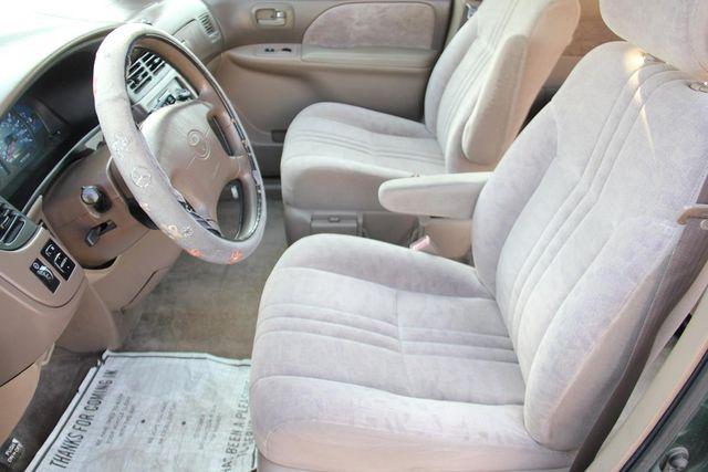 2002 Toyota Sienna LE Santa Clarita, CA 13