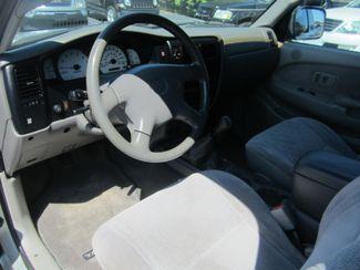 2002 Toyota Tacoma Batesville, Mississippi 23