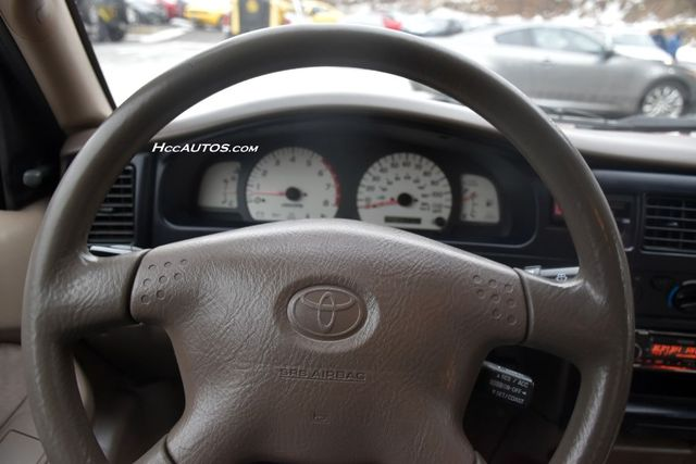 2002 Toyota Tacoma XtraCab Waterbury, Connecticut 12