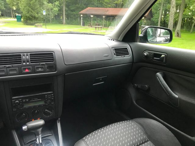 2002 Volkswagen Jetta GL Ravenna, Ohio 9