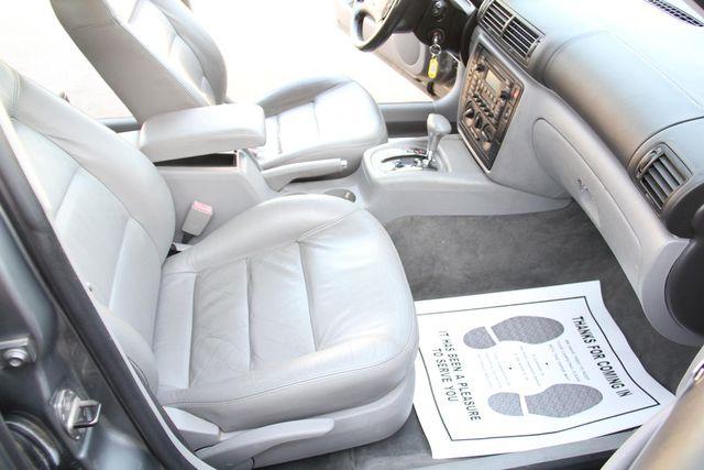 2002 Volkswagen Passat GLS Santa Clarita, CA 14