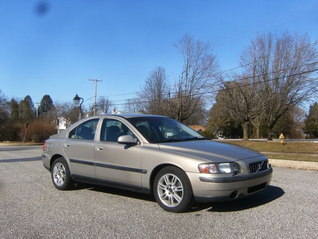 2002 Volvo S60 2.4 in West Chester, PA 19382