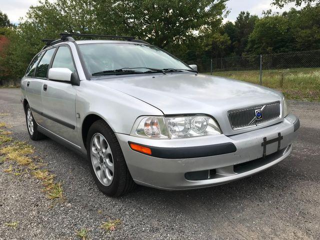2002 Volvo V40 Ravenna, Ohio 7
