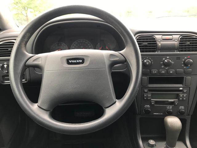 2002 Volvo V40 Ravenna, Ohio 8