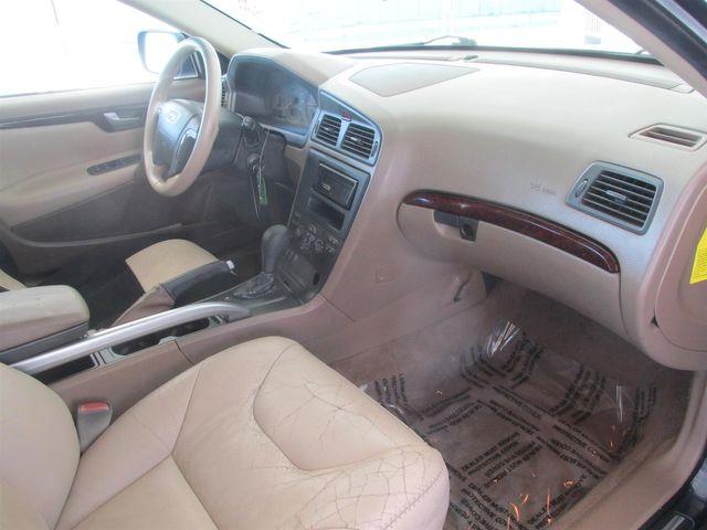 2002 Volvo V70 Gardena, California 8