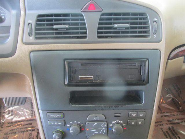 2002 Volvo V70 Gardena, California 6