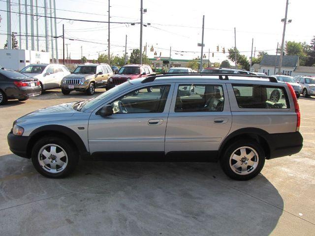 2002 volvo v70 xc | medina ohio | peak auto sales