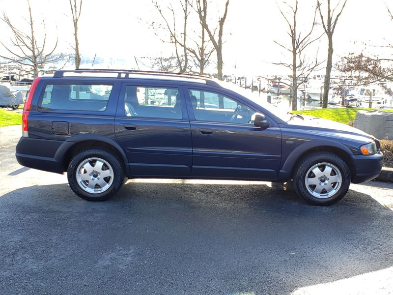 2002 Volvo V70 XC Cross Country AWD Wagon Local 1 Owner Very Nice   city Washington  Complete Automotive  in Seattle, Washington