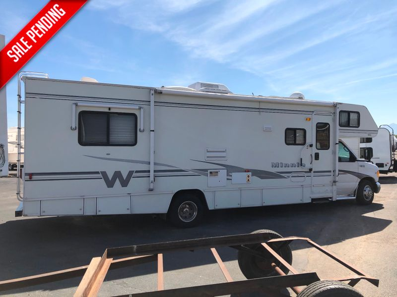 2002 Winnebago Minnie 31C  in Avondale AZ