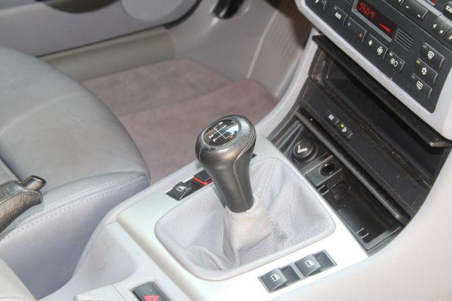2003 BMW 330i in Houston, Texas 77057