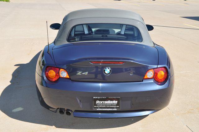 2003 BMW Z4 2.5i Bettendorf, Iowa 6