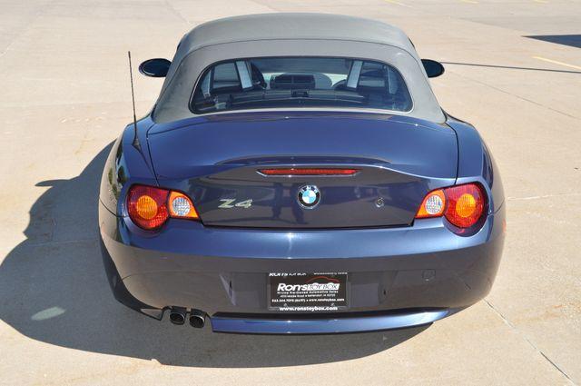 2003 BMW Z4 2.5i Bettendorf, Iowa 23