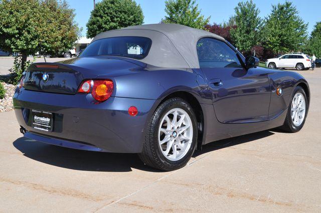 2003 BMW Z4 2.5i Bettendorf, Iowa 7